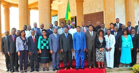Photo au grand complet de l'actuel gouvernement de Boni Yayi... Source : www.gouv.bj