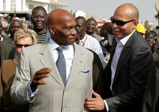 Abdoulaye Wade et son fils à Dakar, Photo d'Archives AFP
